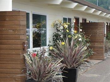 фото Harborview Inn & RV Park 693333399