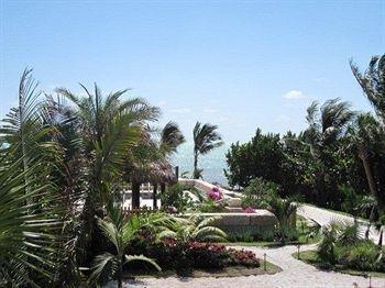 фото Ocean Dawn Suites 693344990
