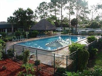 фото Westgate Inn & Suites 693366938