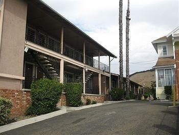 фото Fremont Frontier Motel 693397159