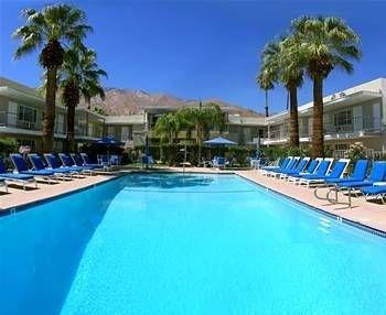 фото Canyon Club Hotel, a Gay Men`s Resort 693401869