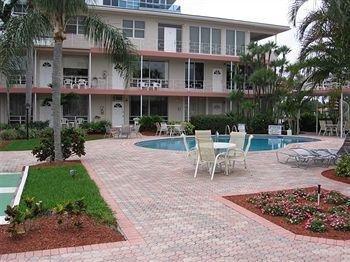 фото Holiday Isle Yacht Club 693425460