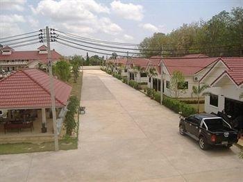 фото Lake Villas Resort 693514935