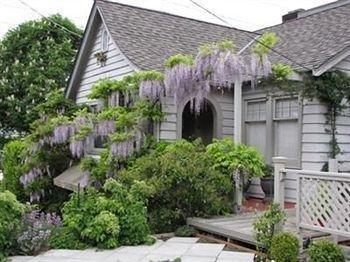 фото Lake Union Cottage 693526788