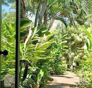 фото Hale Pohaku Beachside Resort 693527807