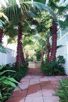 фото Tortuga Inn Beach Resort 693531869