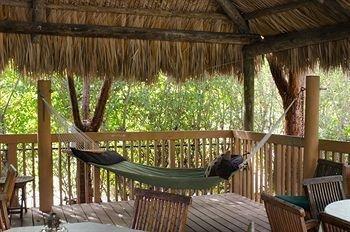 фото Crane`s BeachHouse Hotel & Tiki Bar 693533009