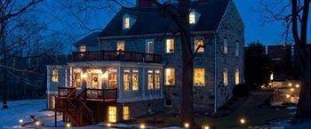 фото The Wayside Inn Bed & Breakfast 693543753