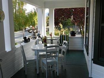 фото Abigails Bed & Breakfast Inn 693543844