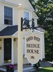 фото Green River Bridge House 693544172