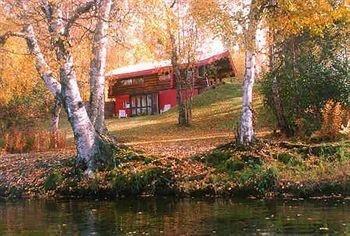 фото Daniels Lake Lodge B&B 693544781