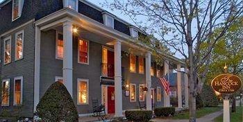 фото Hancock Inn 693545285