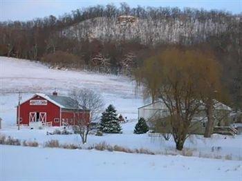 фото Rainbow Ridge Farms Bed and Breakfast 693545380