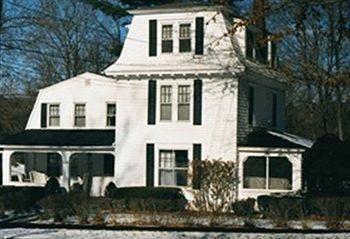 фото House On Main Street 693545431