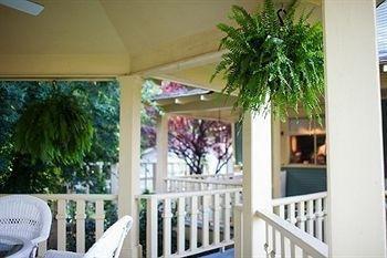 фото The Hale House Inn 693547350