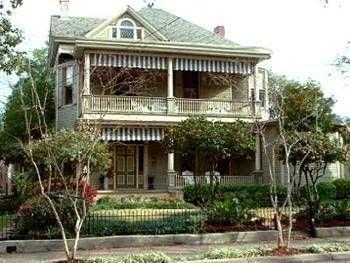 фото Devereaux Shields House 693547351