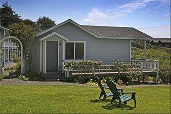 фото Sea Rock Bed and Breakfast Inn 693548444