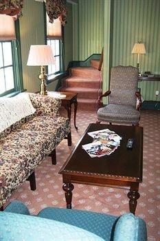 фото The Rochester Inn, A Historic Hotel 693548597