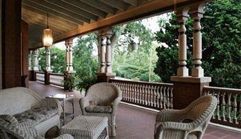 фото B. F. Hiestand House Bed & Breakfast 693548852