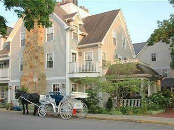 фото Artists Colony Inn & Restaurant 693549611