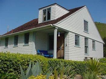 фото Coast Guard House Historic Inn 693549870