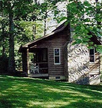 фото Fire Mountain Inn Cabins & Treehouses 693550300