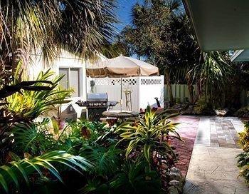 фото Palm Tree Villas 693598371