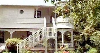 фото Honey Hill Inn & Cabins at Engadine 693599854