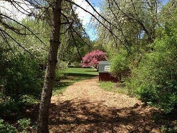 фото Ten Acres Lodge Stowe 693611298