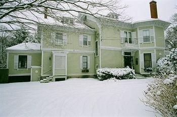 фото Architects Inn -- George Champlin Mason 693615803