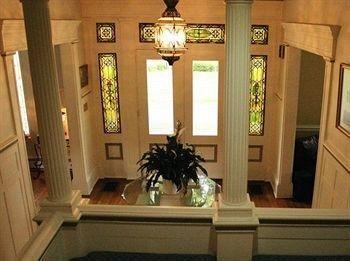 фото The Colonial B&B at Stamford NY 693627548