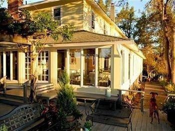 фото The Orchard Inn 693627803