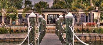 фото Pasa Tiempo Private Waterfront Resort 693632015