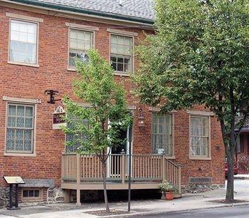 фото Tillie Pierce House Inn 693645770