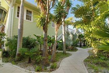фото Sarah`s Seaside Cottages 693648705