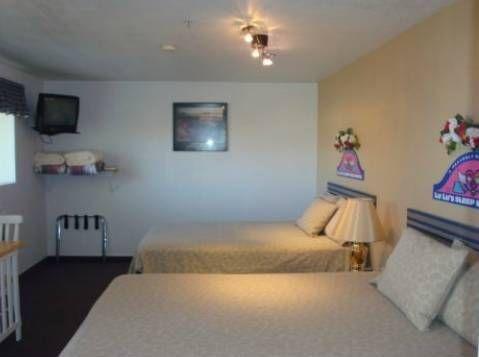 фото LuLu`s Sleep Ezze Motel 694001911
