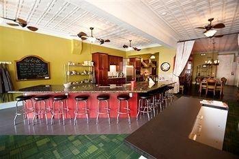 фото The Glendalia Boutique Hotel & Culinary Studio 694639074