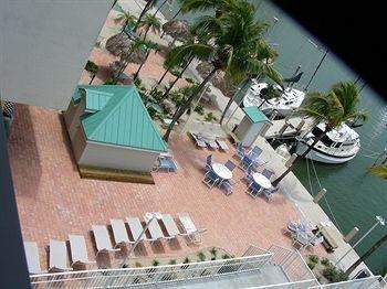 фото Anchorage Resort & Yacht Club 694662177