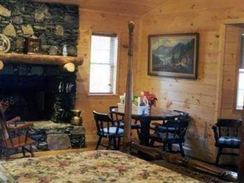 фото Misty Mountain Ranch B&B & Cabins 694715102