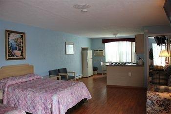 фото Chateau Bleu Resort Motel 694717151