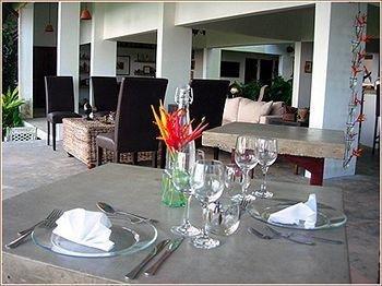 фото El Hotelito at The Rainforest Experience Farm 694731988