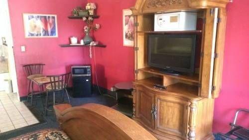 фото Econo Lodge Norwalk 713251214