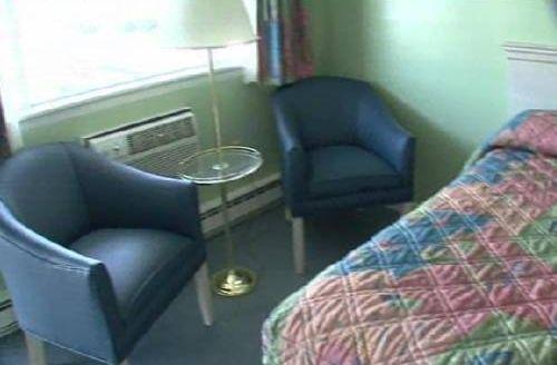 фото Rocktide Inn 713332439