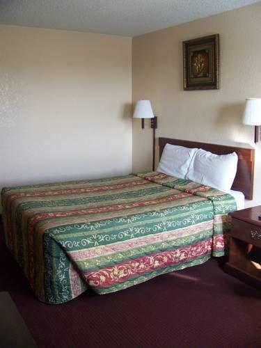 фото The Legacy Inn & Suites 713360968