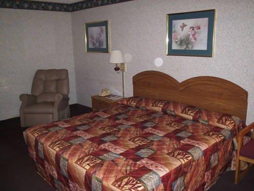 фото Royal Inn - Dunn 713405902