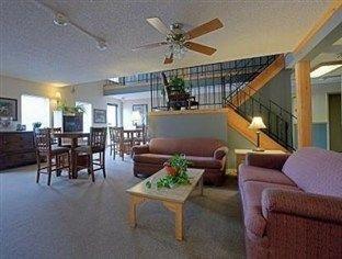 фото Rodeway Inn 721081658