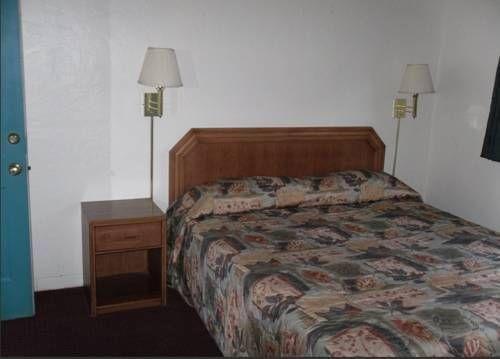 фото Slumber Motel 721230990