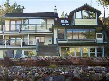 фото Beachside Villa Luxury Inn 728417612