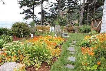 фото Tyee Lodge 728419224