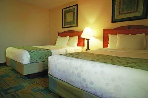 фото La Quinta Inn & Suites El Paso East 729203095